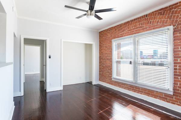 avondale-apartment-bedroom