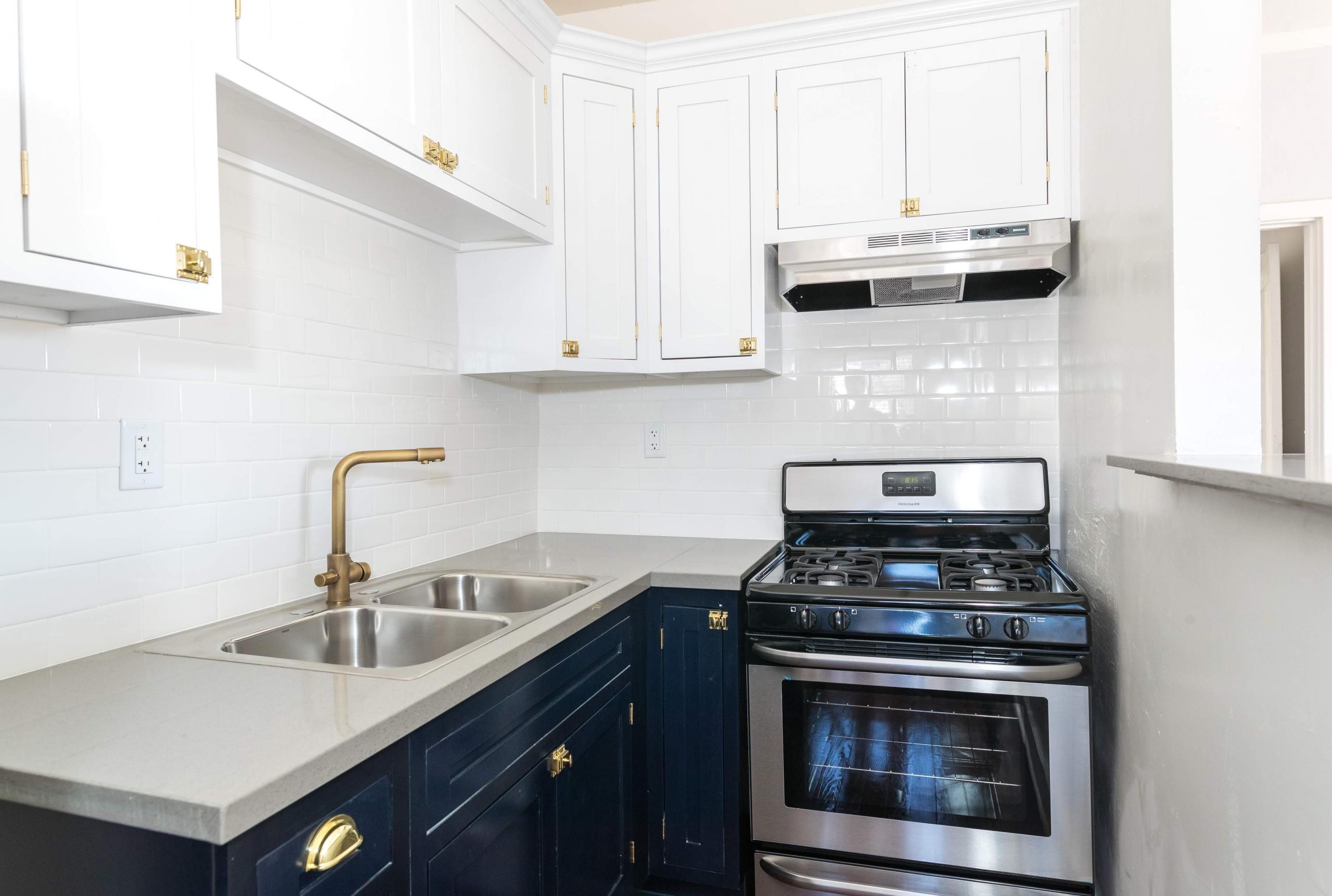 avondale-apartment-for-rent-kitchen